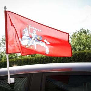 Automobilio vėliavėlė – sumažinta Lietuvos valstybės istorinė (herbinė) vėliava